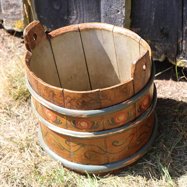 Almuemalet kar lille flot stand og med patina pipi antik for Stand lille