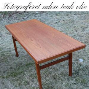 Teak sofabord robust 149 x 60 x 58 cm