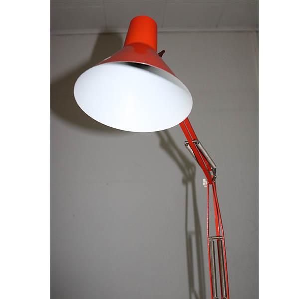 Retro orange arkitektlampe i fin stand