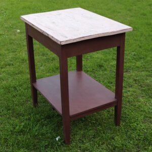 Bordeaufarvet køkkenbord med Antoinette bordplade 65x49x74 cm