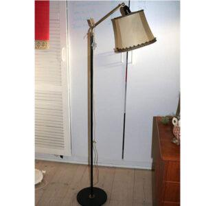 Gammeldags standerlampe sort med creme lampeskærme