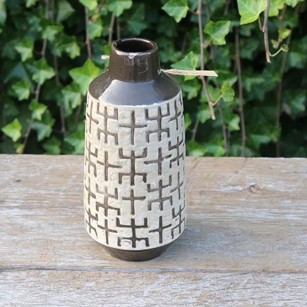 Retro keramikvase brung beigemønstret