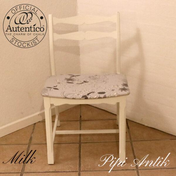 Romantisk stol i Milk Autentico B49,5xD43xH80 siddehøjde 45 cm