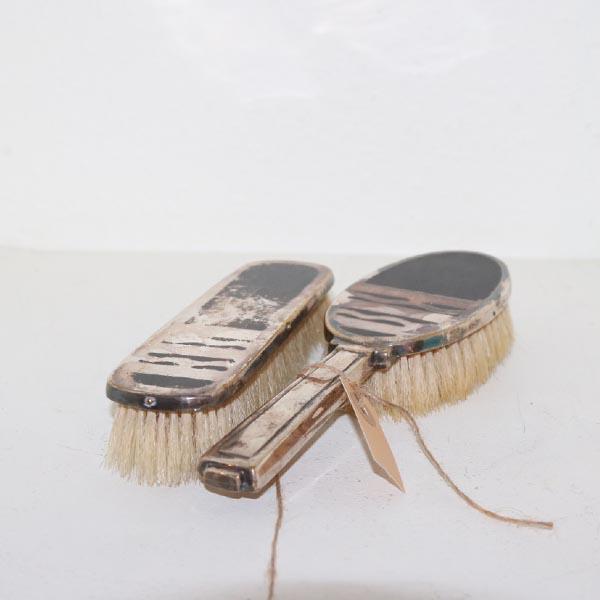 04 Tøj børstesæt søvlplet Art Deco stil