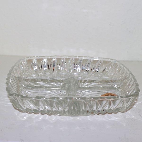 16 Sildefad i glas - 4 rum - 27 x 27 cm