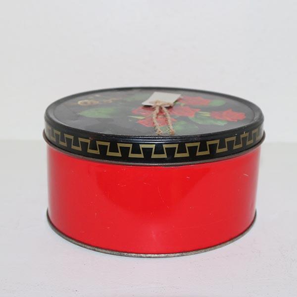 17 Kagedåse rød med roser Ø 18 x 9 cm
