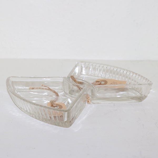 27 fade til sild - presset glas - 15 x 9 cm