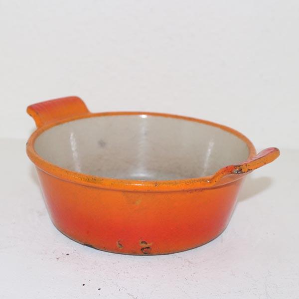 40 Retro orange gryde Ø 18 cm