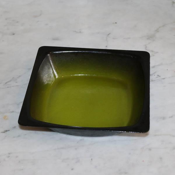 Grøn retro metalfad 16,6x16,5x4 cm