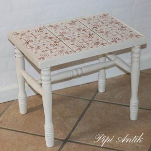Romantisk mini kakkel sofabord Old White beige 46x31x38 cm