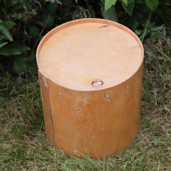 Garn eller sæbebeholder i naturtræ Ø 29 x 30 cm