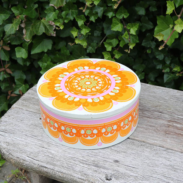 Dansk retro orange kagedåse IRA DK Ø 23,5x10 cm
