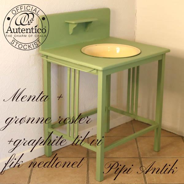 Mintgrøn vaskebord uden balje som er tilkøb