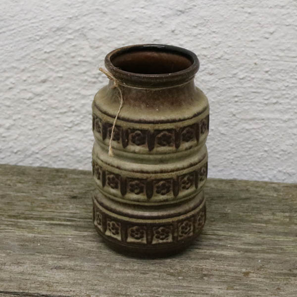 Brun grønlig retrovase Ø9x17,5 cm