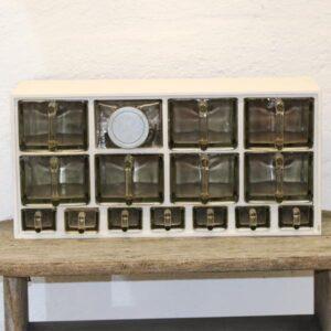 Krydderihylde - hvid - antik - med glasskuffer 61x19x24cm