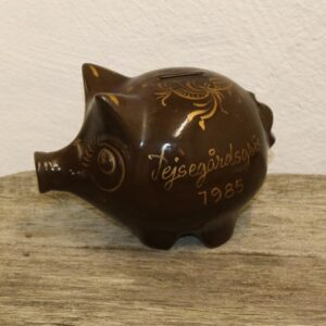 Keramik sparegris - brun - 1985 25x14x17cm