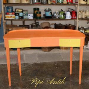 Retro sminkebord - Barcelona Orange og English Yellow - 110x44x70,5 cm H