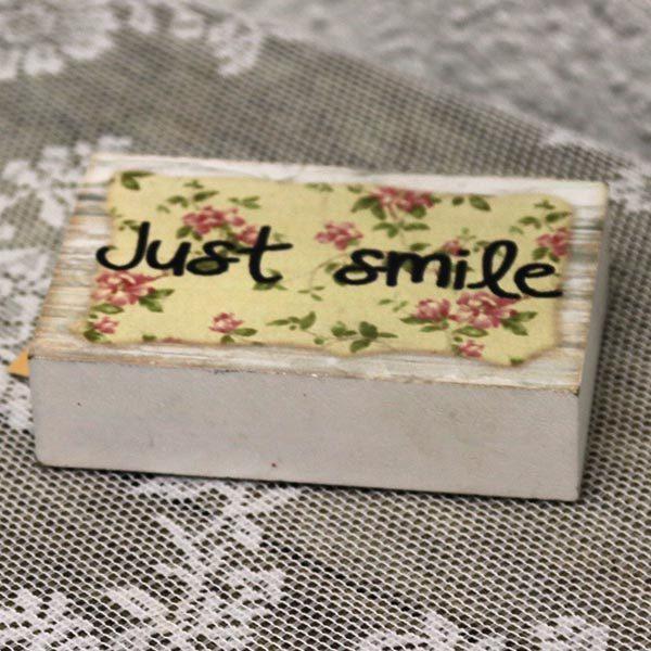 Just smile træ sæbe til pynt - romantisk 12x8x2 cm