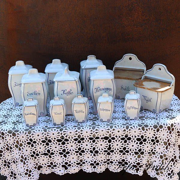 Geffle serie af 6 krukker 1 saltkar str og 5 små - hvid blå mønstret Svensk