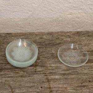 Glas askebægere - med broderimønster Ø7 cm