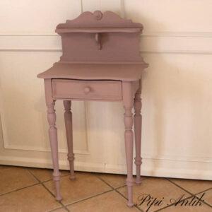 Lyngfarvet lille bord med hylde 55x32x108 cm H Autentico Mauve