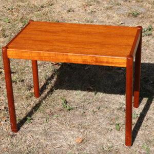 Teak træ sofabord - med rundstok ben 58x38x45 cm H