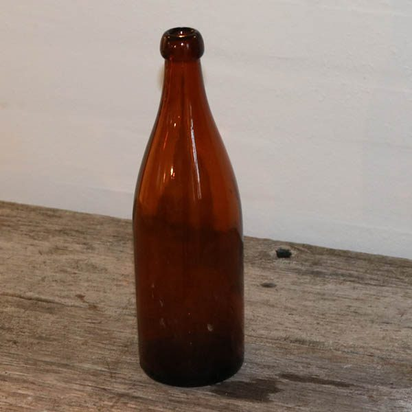 Brun 1 liters flaske Ø8XH 26 CM