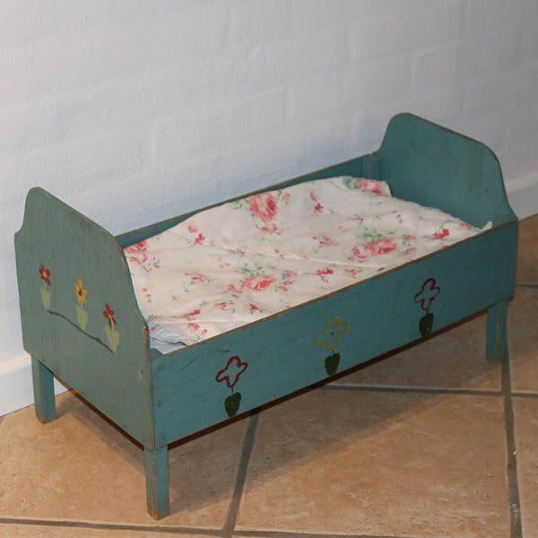 Dukkseng romantisk blåt med nyt sengetøj 60x30x36 cm