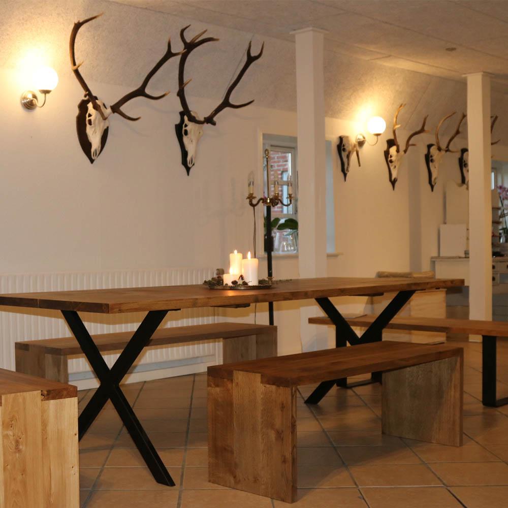 Egetræsmøbler dansk certificeret