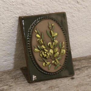 34 Keramik billede JIE gule blomster 13x17 cm
