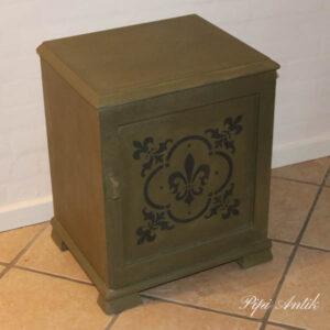 Olive sengebord B45xD37x55cm H