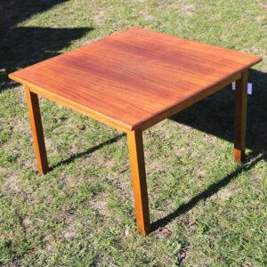 Teak sofabord kvadratisk 70x70x48 cm