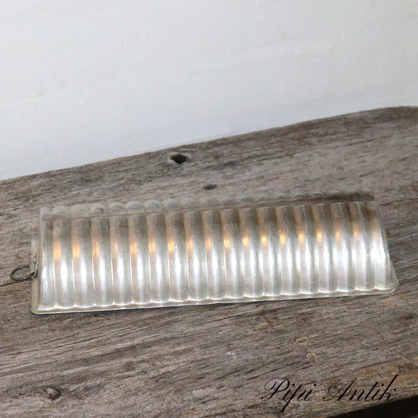 13 Aluminium kageform 28x12 cm