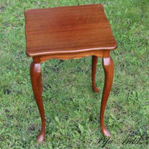 Romantisk hjørnebord med løvefødder 33x33x50 cm