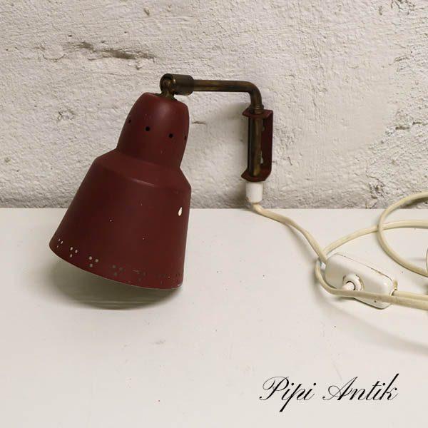 Mørkerød retro væglampe Ø11xH16 cm Svensk