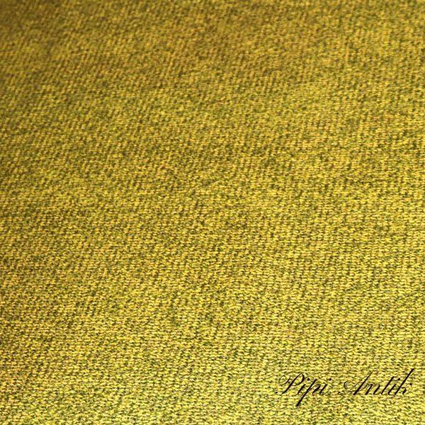 09.Oliven uldagtigt gulvtæppe retro 127x194 cm