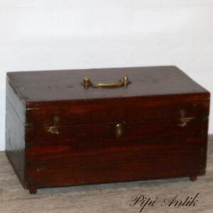Bejset bord kiste 33x17x18 cm uden lås