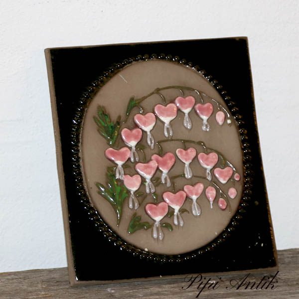 45 JIE keramikbillede Løjnatnshjerter lyserød 17x21,5 cm H