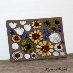 46 JIE blomster flor retro keramikbillede 29x24 cm oliven gul hvid