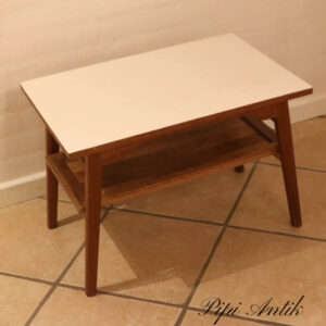 Teak mini sofabord L60xB40xH42 cm