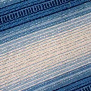 23 Siv retro kluddetæppe blålige og råhvide farver B65xL325 cm