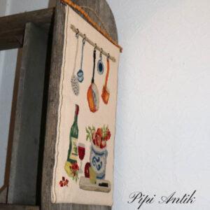 Brodderi køkken billede med bambus ophæng 36x58 cm