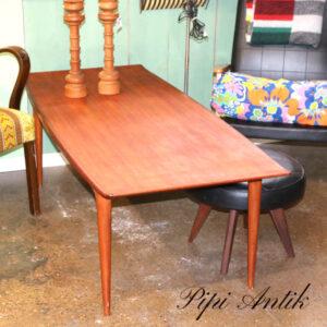 Teak sofabord med buet kant L155xB64xH51cm