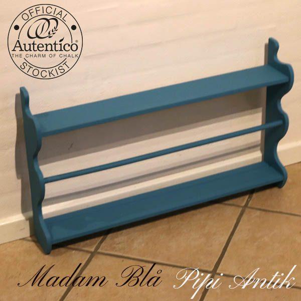 Madam Blå tallerkenrække L75,5xH46xD12 cm