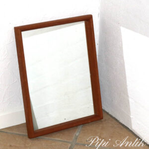 18 Teak retro lille spejl L33x43 cm H