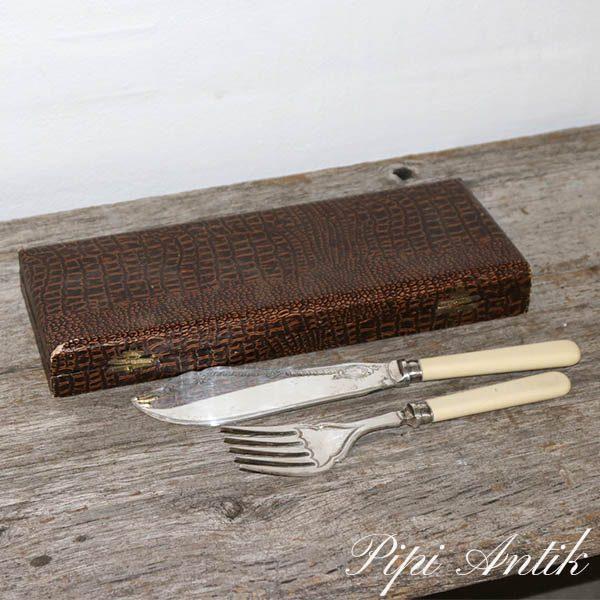 Kagesæt æske med gaffel og kniv L30xB11,5xH3,5 cm