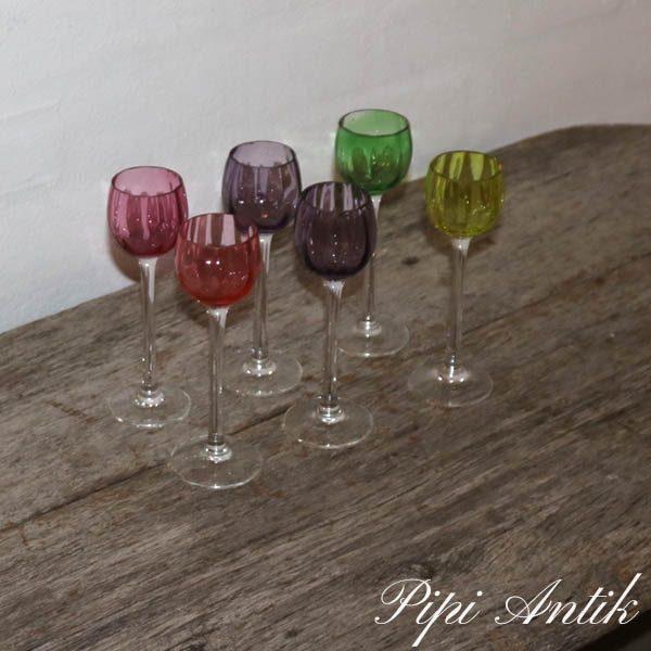 Svenske snapseglad Ø4x14 cm forskellige farver per stk
