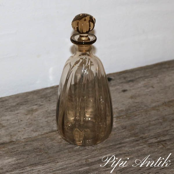 Brun glas karaffel Ø10d24 cm