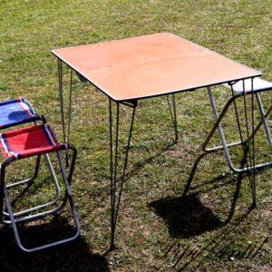 Pignic bord orange og klapstole til 3 61x43 cm sammenklappet