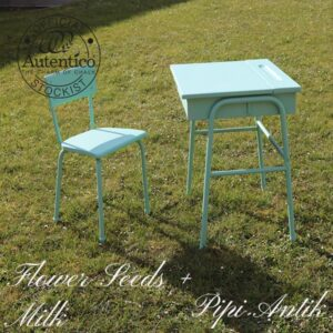 Skolebord og stol i Flower Seeds plus Milk bord 65x55xH66 cm